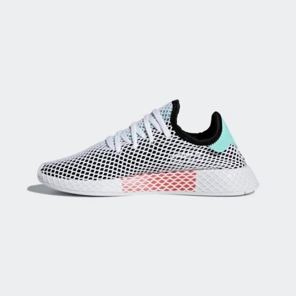 b199ea3ae3d433 BNWT Adidas Deerupt Runner Shoes